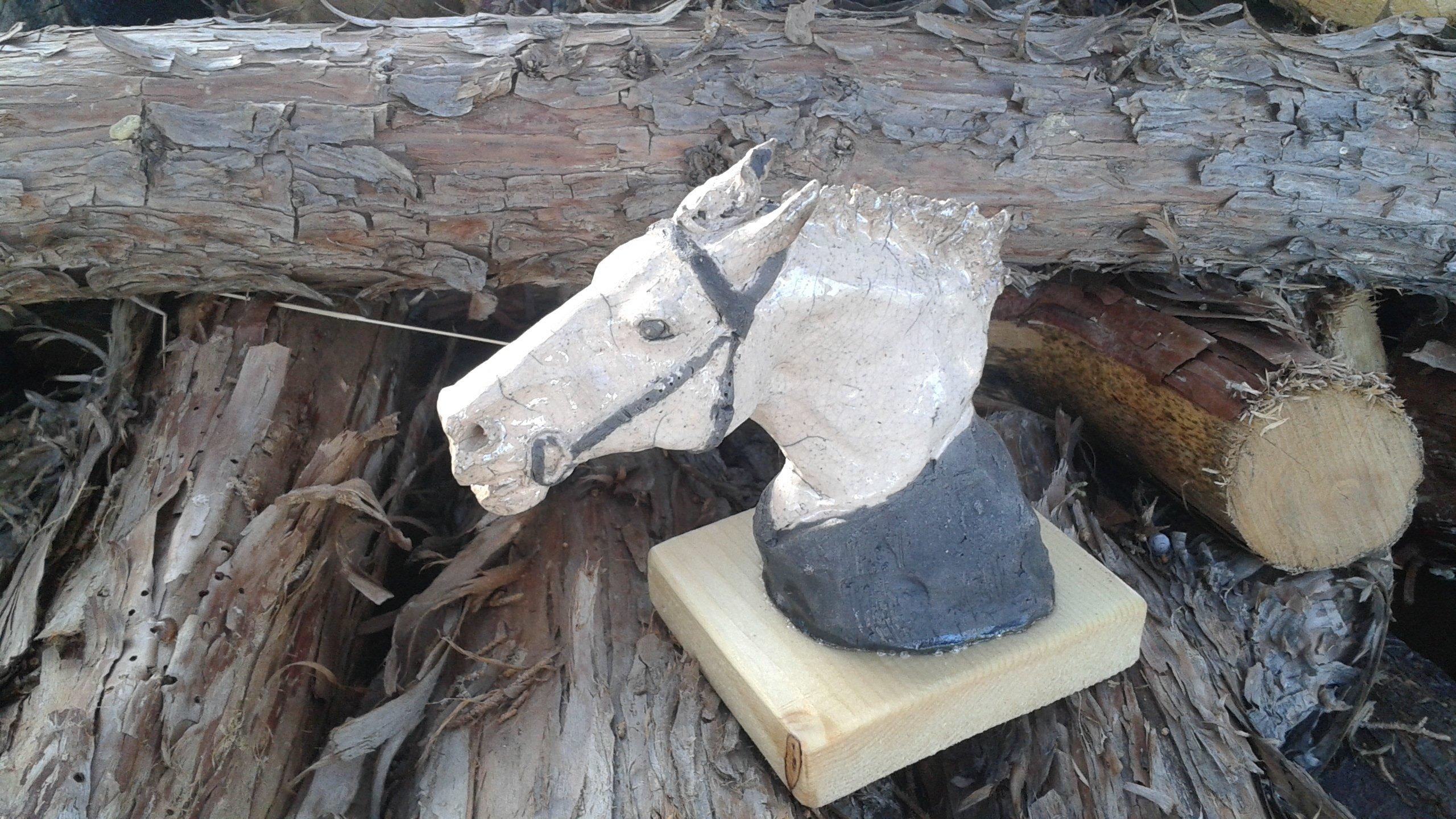 Horse and livestock clay sculpture-go-man-go.jpg